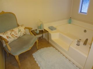 Photo 8: OUT OF AREA Manufactured Home for sale : 2 bedrooms : 133 Mira Del Sur in San Clemente