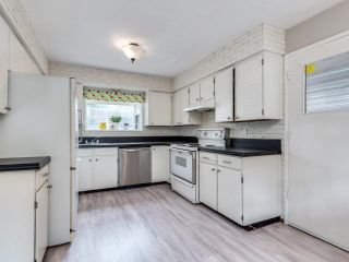 """Photo 10: 19680 116B Avenue in Pitt Meadows: South Meadows House for sale in """"Wildwood Park"""" : MLS®# R2622346"""