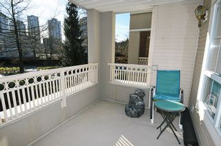 """Photo 15: 212 2970 PRINCESS Crescent in Coquitlam: Canyon Springs Condo for sale in """"THE MONTCLAIRE"""" : MLS®# R2135422"""