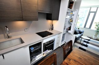"""Photo 8: 601 1688 PULLMAN PORTER Street in Vancouver: Mount Pleasant VE Condo for sale in """"NAVIO"""" (Vancouver East)  : MLS®# R2595723"""