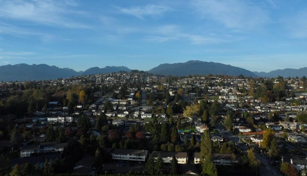 """Main Photo: 2701 5611 GORING Street in Burnaby: Central BN Condo for sale in """"LEGACY"""" (Burnaby North)  : MLS®# R2006786"""