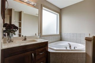 Photo 36: 240 EVERMEADOW Avenue SW in Calgary: Evergreen Detached for sale : MLS®# C4302505