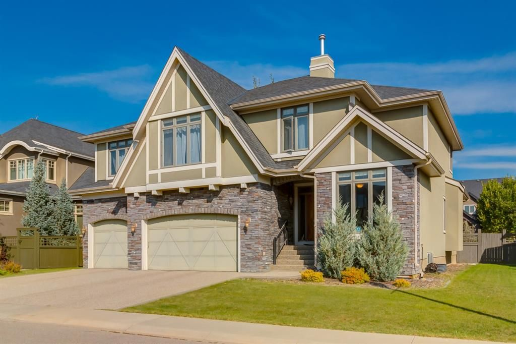 Main Photo: 124 Wentworth Lane SW in Calgary: West Springs Detached for sale : MLS®# A1146715