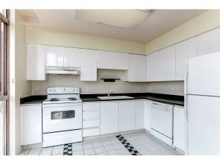 """Photo 6: 1601 6888 STATION HILL Drive in Burnaby: South Slope Condo for sale in """"SAVOY CARLTON"""" (Burnaby South)  : MLS®# V1130618"""