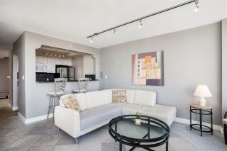 """Photo 3: 2003 1288 ALBERNI Street in Vancouver: West End VW Condo for sale in """"The Palisades"""" (Vancouver West)  : MLS®# R2591374"""