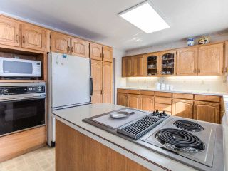 Photo 10: 9420 LAKA Drive in Richmond: Lackner House for sale : MLS®# R2413763
