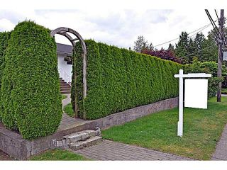 """Photo 1: 1135 RIDGEWOOD Drive in North Vancouver: Edgemont House for sale in """"EDGEMONT VILLAGE"""" : MLS®# V1069941"""