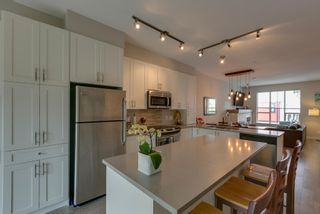 """Photo 8: 38344 EAGLEWIND Boulevard in Squamish: Downtown SQ Townhouse for sale in """"Eaglewind-Streams"""" : MLS®# R2178583"""