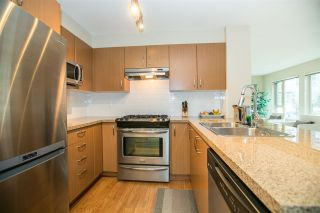 """Photo 4: 211 3105 LINCOLN Avenue in Coquitlam: New Horizons Condo for sale in """"LARKIN HOUSE"""" : MLS®# R2140315"""