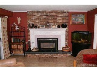 Photo 2:  in VICTORIA: Es Old Esquimalt Half Duplex for sale (Esquimalt)  : MLS®# 390567