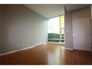 Photo 5: 688 CITADEL PARADE in Vancouver: Downtown VW Townhouse for sale (Vancouver West)  : MLS®# V1047905
