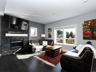 Photo 2: 3437 Hopwood Pl in Colwood: Co Latoria House for sale : MLS®# 870527