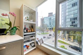 "Photo 6: 303 1499 W PENDER Street in Vancouver: Coal Harbour Condo for sale in ""WEST PENDER PLACE"" (Vancouver West)  : MLS®# R2571095"