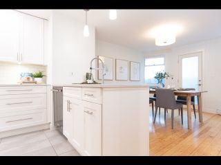 Photo 17: 36 W 14TH AVENUE in Vancouver: Mount Pleasant VW Townhouse for sale (Vancouver West)  : MLS®# R2541841