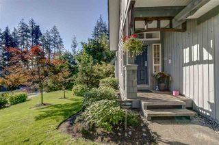 """Photo 3: 39 2200 PANORAMA Drive in Port Moody: Heritage Woods PM Townhouse for sale in """"QUEST"""" : MLS®# R2307512"""