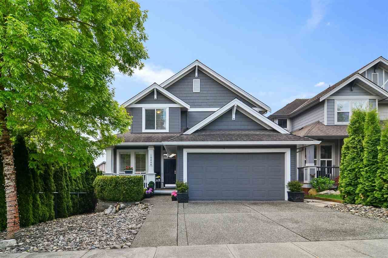 Main Photo: 19648 69A AVENUE in Langley: Willoughby Heights House for sale : MLS®# R2576230