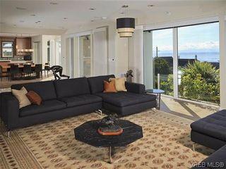 Photo 3: 622 Inglewood Terr in VICTORIA: OB South Oak Bay House for sale (Oak Bay)  : MLS®# 696684