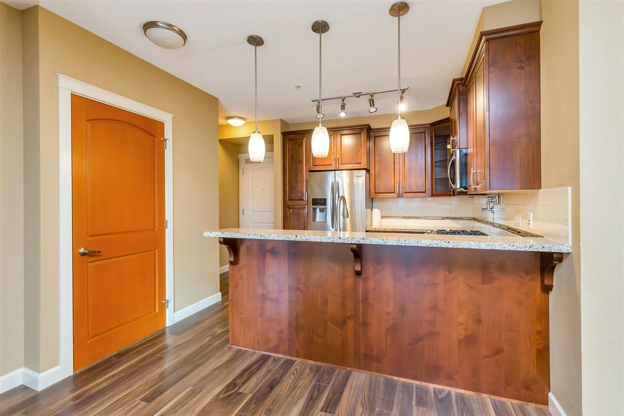 "Photo 8: Photos: 524 2860 TRETHEWEY Street in Abbotsford: Central Abbotsford Condo for sale in ""La Galleria"" : MLS®# R2525522"