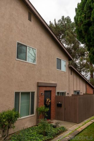Photo 6: UNIVERSITY CITY Condo for sale : 3 bedrooms : 7858 Camino Raposa in San Diego