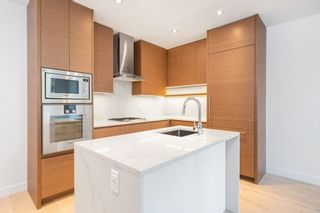 """Photo 4: 101 5693 ELIZABETH Street in Vancouver: Cambie Condo for sale in """"THE PARKER"""" (Vancouver West)  : MLS®# R2548104"""