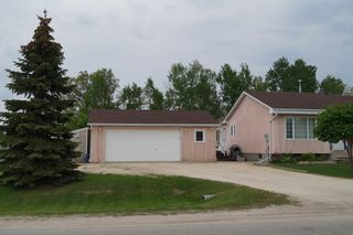 Photo 2: 16 Willow Avenue East: Oakbank Single Family Detached for sale (RM Springfield)  : MLS®# 1309429