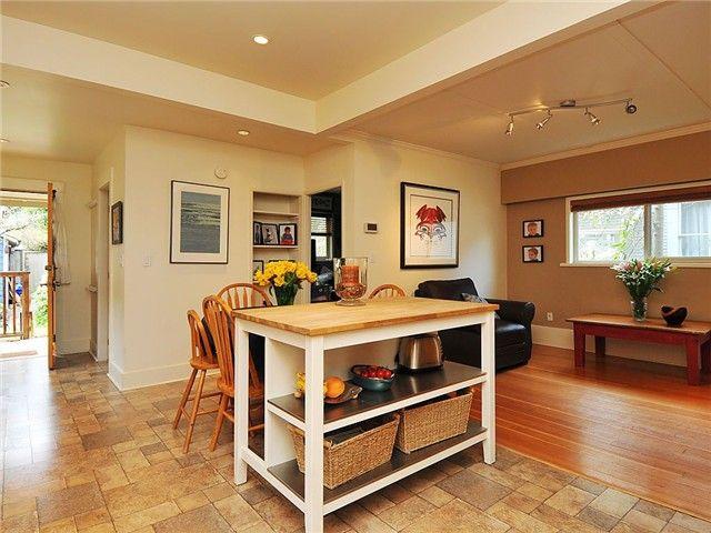 Photo 5: Photos: 258 E 16TH AV in : Main House for sale : MLS®# V884708