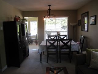"""Photo 4: 35 12296 224 Street in Maple Ridge: East Central Townhouse for sale in """"The Colonial"""" : MLS®# R2367727"""