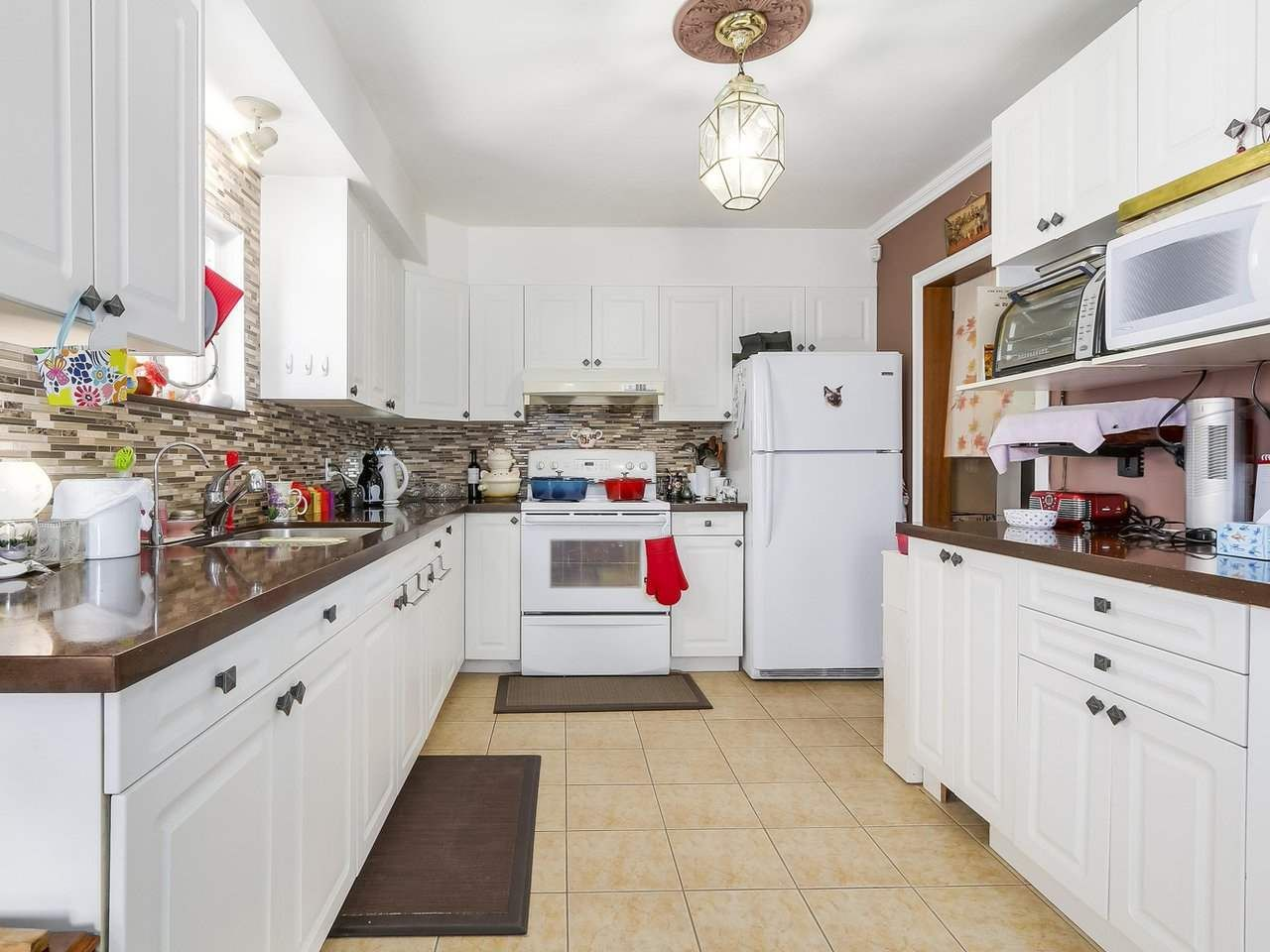 Photo 8: Photos: 165 E 55TH AVENUE in Vancouver: South Vancouver House for sale (Vancouver East)  : MLS®# R2297472