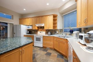 """Photo 11: 11 CLIFFWOOD Drive in Port Moody: Heritage Woods PM House for sale in """"STONERIDGE"""" : MLS®# R2597161"""