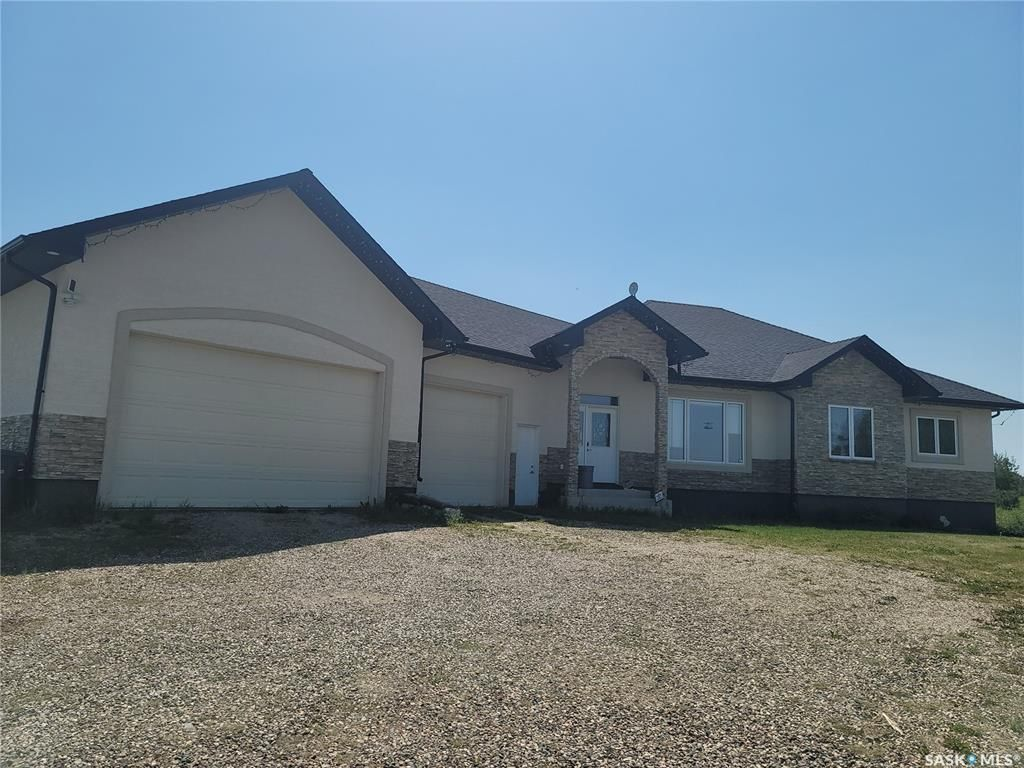 Main Photo: 124 Metanczuk Road in Aberdeen: Residential for sale (Aberdeen Rm No. 373)  : MLS®# SK862910