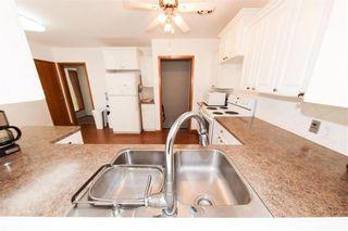 Photo 7: 62 Weaver Bay in Winnipeg: St Vital Residential for sale (2C)  : MLS®# 202109137