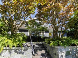 Photo 2: 6272 MACKENZIE STREET in Vancouver: Kerrisdale House for sale (Vancouver West)  : MLS®# R2477433