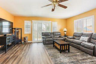 Photo 3: SAN DIEGO House for sale : 4 bedrooms : 3936 Vista Grande Dr.