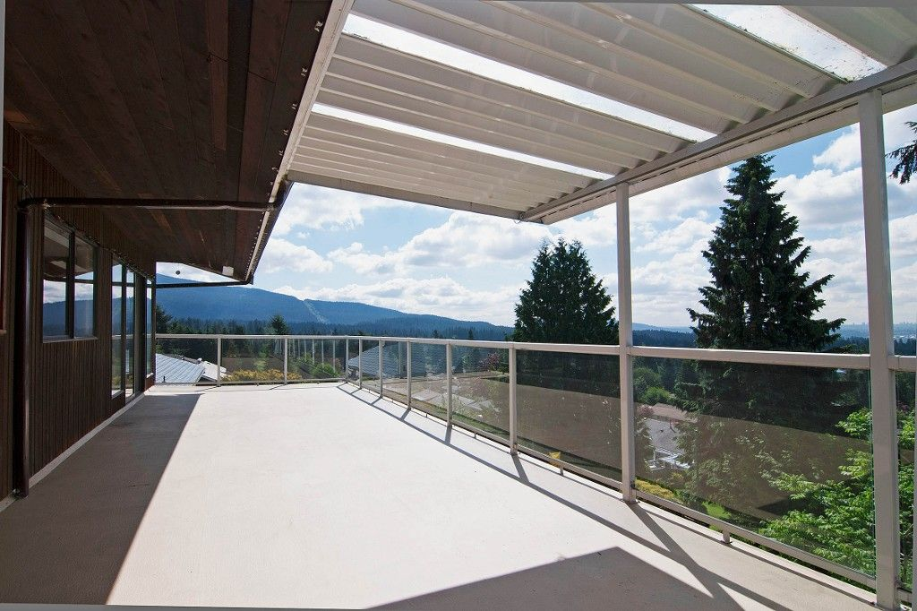 Main Photo: 1141 KILMER RD in North Vancouver: Lynn Valley House for sale : MLS®# V1009360