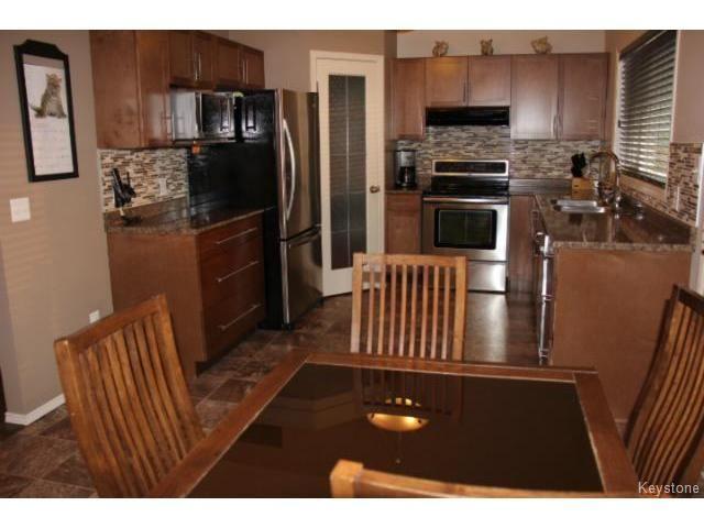 Photo 2: Photos: 63 Bill Blaikie Bay in WINNIPEG: Transcona Residential for sale (North East Winnipeg)  : MLS®# 1419228