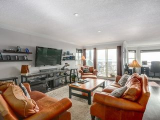 Photo 2: 15328 COLUMBIA Ave in South Surrey White Rock: White Rock Home for sale ()  : MLS®# F1433512