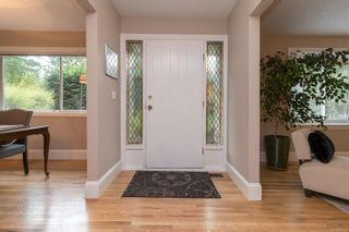 Photo 5: 1928 Barrett Dr in North Saanich: NS Dean Park House for sale : MLS®# 887124