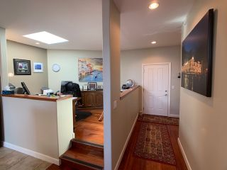 "Photo 12: 10 5780 TRAIL Avenue in Sechelt: Sechelt District Condo for sale in ""Tradewinds"" (Sunshine Coast)  : MLS®# R2476578"