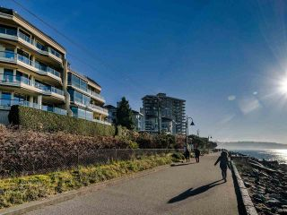 Photo 21: 102 101 22ND Street in West Vancouver: Dundarave Condo for sale : MLS®# R2521699