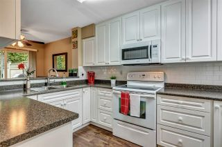 """Photo 19: 39 2736 ATLIN Place in Coquitlam: Coquitlam East Townhouse for sale in """"CEDAR GREEN"""" : MLS®# R2533312"""