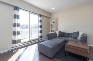 Photo 2: 222 991 Cloverdale Ave in : SE Quadra Condo for sale (Saanich East)  : MLS®# 885961
