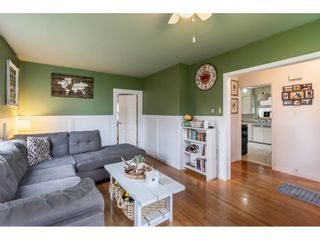 Photo 4: 41949 KIRK Avenue: Yarrow House for sale : MLS®# R2460160