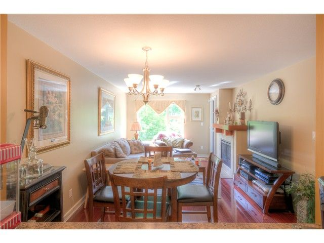"""Photo 7: Photos: 202 625 PARK Crescent in New Westminster: GlenBrooke North Condo for sale in """"WESTHAVEN"""" : MLS®# V1065412"""