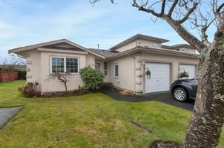 Photo 1: 31 2055 Galerno Rd in : CR Willow Point Row/Townhouse for sale (Campbell River)  : MLS®# 869076