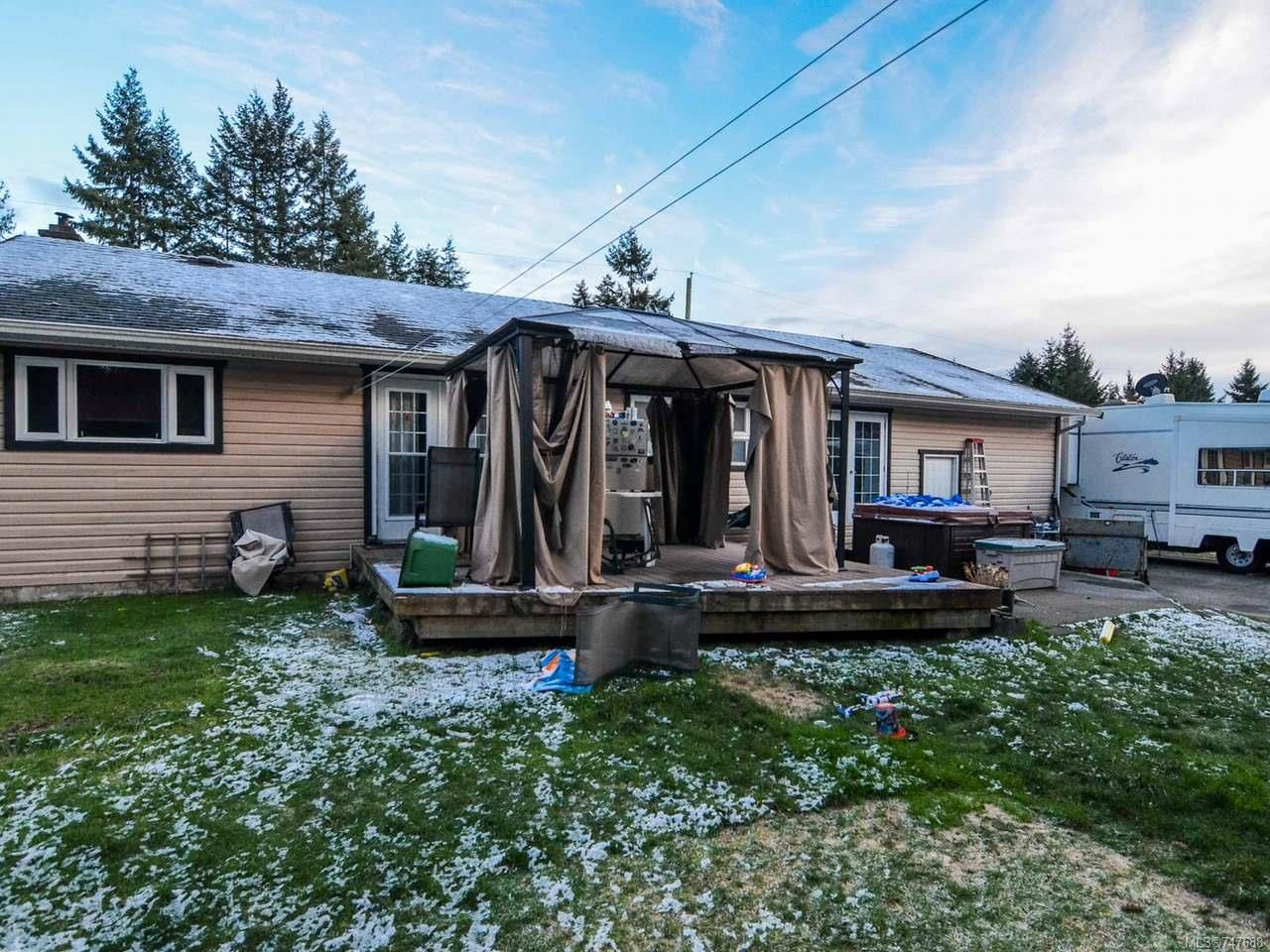 Photo 17: Photos: 228 Crawford Rd in CAMPBELL RIVER: CR Campbell River South House for sale (Campbell River)  : MLS®# 747688