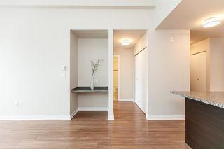 Photo 3: 418 7511 120 Street in Delta: Scottsdale Condo for sale (N. Delta)  : MLS®# R2091636