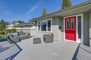 Photo 2: 972 BALBIRNIE Boulevard in Port Moody: Glenayre House for sale : MLS®# R2109188
