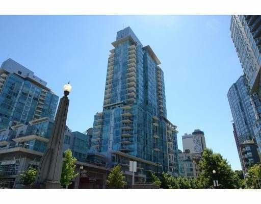 """Main Photo: 2204 590 NICOLA Street in Vancouver: Coal Harbour Condo for sale in """"CASCINA"""" (Vancouver West)  : MLS®# V658335"""