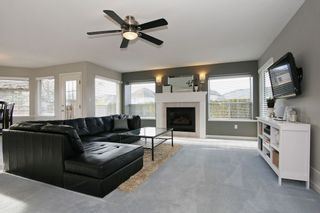 """Photo 9: 6135 185A Street in Surrey: Cloverdale BC House for sale in """"EAGLE CREST"""" (Cloverdale)  : MLS®# F1402366"""
