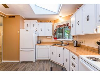 """Photo 26: 74 9080 198 Street in Langley: Walnut Grove Manufactured Home for sale in """"Forest Green Estates"""" : MLS®# R2457126"""